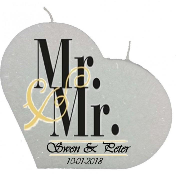 Trouwkaars MR&MR op een grote hartkaars - wit
